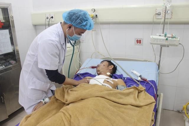 Phối hợp liên viện, xuyên đếm cứu bệnh nhân bị vết thương thấu tim - Ảnh 3.