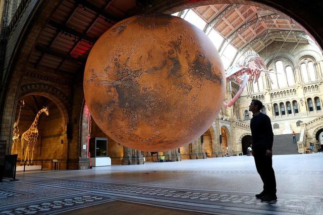 Ấn tượng, mô hình Sao Hỏa khổng lồ tại Bảo tàng Anh - ảnh 3
