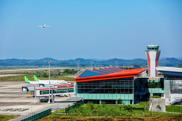 Xây sân bay mới: Cần thận trọng, tránh theo phong trào - Ảnh 1.