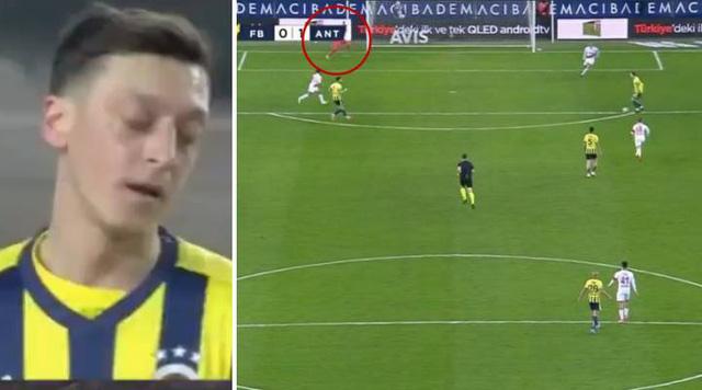 Ozil tiếp tục chấn thương tại đội bóng mới - Ảnh 1.