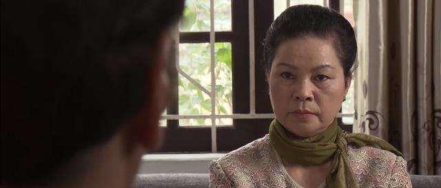 Trở về giữa yêu thương - Tập 46: Ông Phương (NSND Trung Anh) cao tay trị lại mẹ chồng Thu - Ảnh 3.