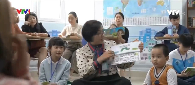 Một thập kỷ ấp ủ ước mơ về thư viện cộng đồng của cô giáo dạy tiếng Anh - Ảnh 1.