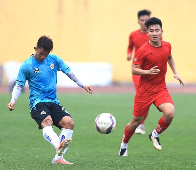 CLB Hà Nội thắng cách biệt CLB Phú Thọ - Ảnh 1.