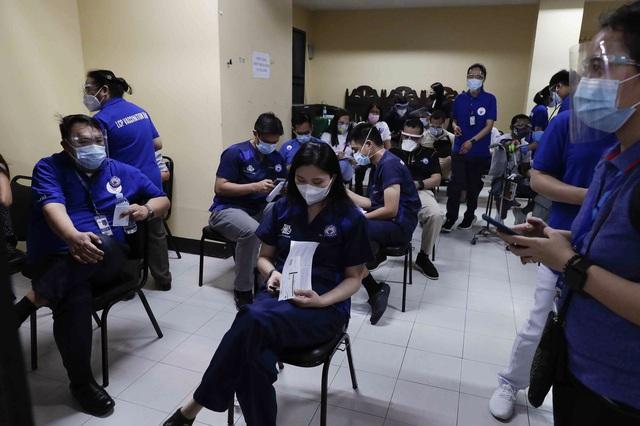 Hơn 116,5 triệu người mắc COVID-19 trên thế giới, số ca nhiễm mới ở Philippines cao nhất trong 4 tháng - Ảnh 2.