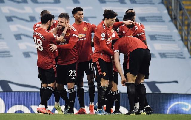 Man Utd ngắt mạch 21 trận thắng của Man City ngay trên Etihad - Ảnh 2.
