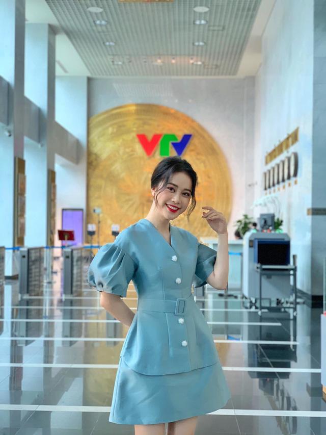 MC Mai Phương tiết lộ điều thích nhất khi làm việc tại VTV - Ảnh 1.