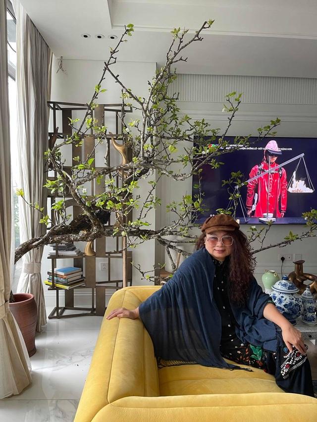 Ngày 8/3, Tùng Dương tiết lộ về ba người phụ nữ đặc biệt của đời mình - Ảnh 1.
