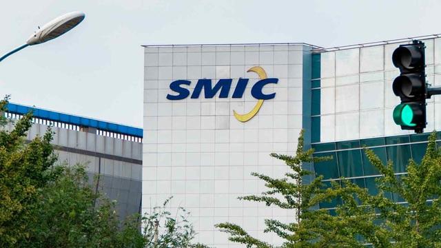 """Mỹ """"giảm tốc"""" quá trình phê duyệt giấy phép cung ứng cho SMIC - Ảnh 1."""