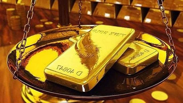 Giá vàng lao dốc, về sát mốc 55 triệu đồng/lượng - Ảnh 2.