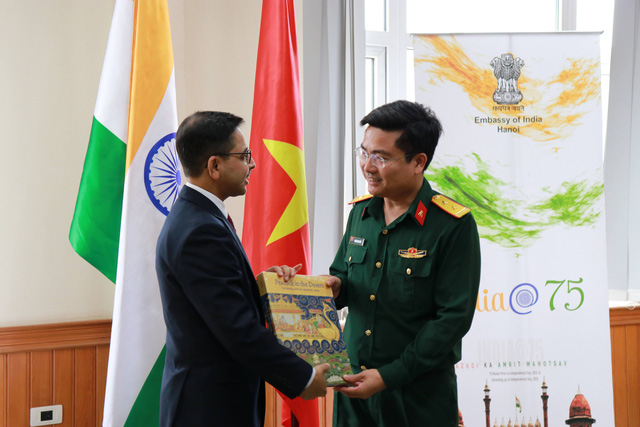 Hạ thủy 2 tàu tuần tra cao tốc thuộc gói tín dụng quốc phòng 100 triệu USD của Ấn Độ - Ảnh 9.