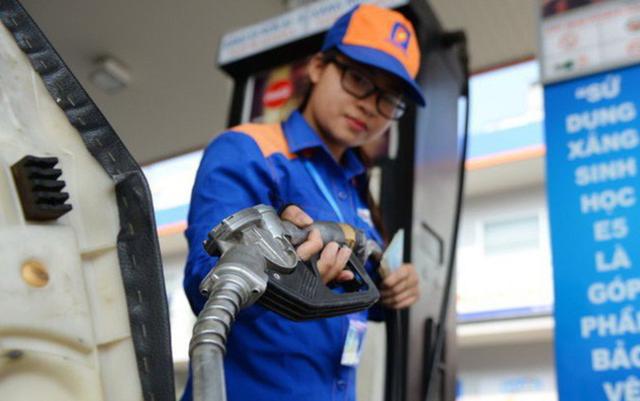 Quỹ bình ổn giá xăng dầu Petrolimex tiếp tục giảm 370 tỷ đồng - ảnh 1