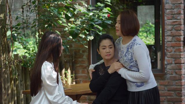 Hướng dương ngược nắng - Tập 53: Sốc! Bé Cami hóa ra lại là em gái Hoàng (Việt Anh) - Ảnh 1.