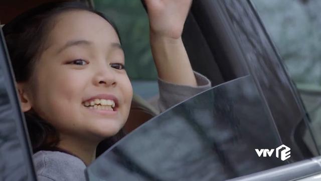 Hướng dương ngược nắng - Tập 53: Sốc! Bé Cami hóa ra lại là em gái Hoàng (Việt Anh) - Ảnh 13.
