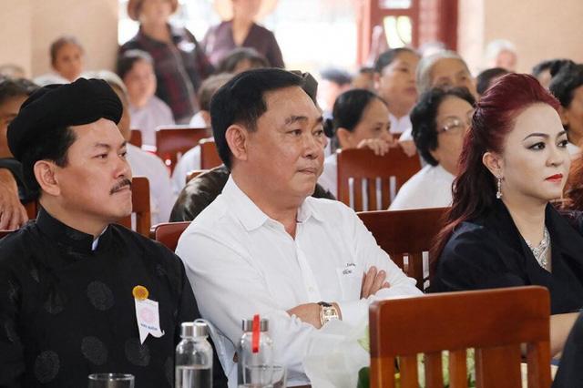 Vợ ông Dũng lò vôi bị phạt 7,5 triệu đồng vì xúc phạm Chủ tịch UBND tỉnh Bình Thuận - Ảnh 1.
