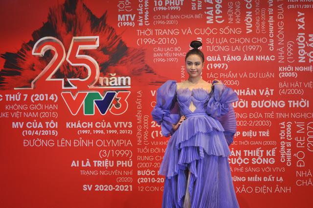 Loạt sao hội tụ chúc mừng sinh nhật 25 tuổi VTV3 - Ảnh 2.