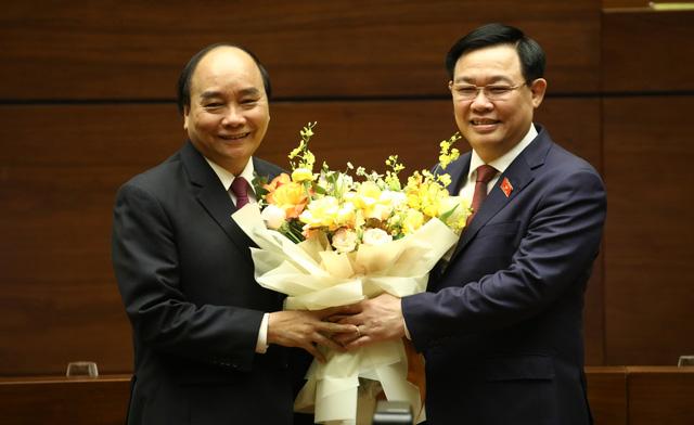Quốc hội thống nhất miễn nhiệm Thủ tướng Nguyễn Xuân Phúc - Ảnh 2.
