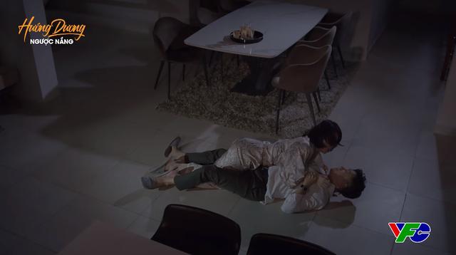 Hướng dương ngược nắng - Tập 56: Hoàng mò mẫm gì ở nhà Minh giữa đêm khuya? - ảnh 3