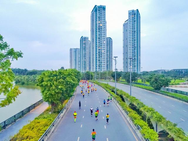 """Ecopark Marathon ấn tượng với """"cung đường chạy đẹp nhất Việt Nam"""" - Ảnh 3."""