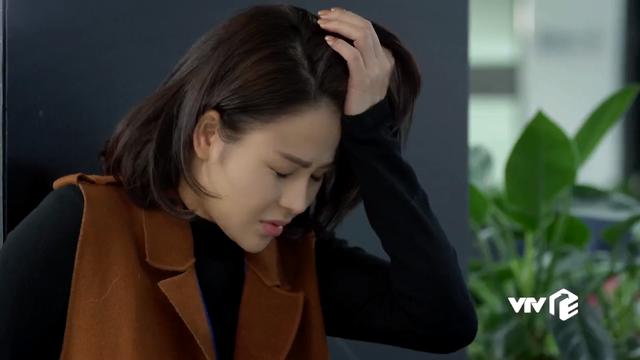 Hướng dương ngược nắng - Tập 59: Minh đột nhiên ngất xỉu, Trí và mẹ Diễm Loan sợ hãi tột độ như gặp ngày tận thế - ảnh 10