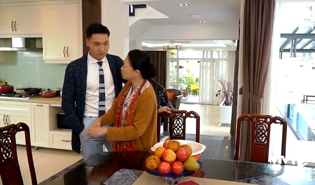 Hương vị tình thân - Tập 6: Bà Xuân bị mẹ chồng ghét ra mặt vì ăn mặc lòe loẹt - Ảnh 4.