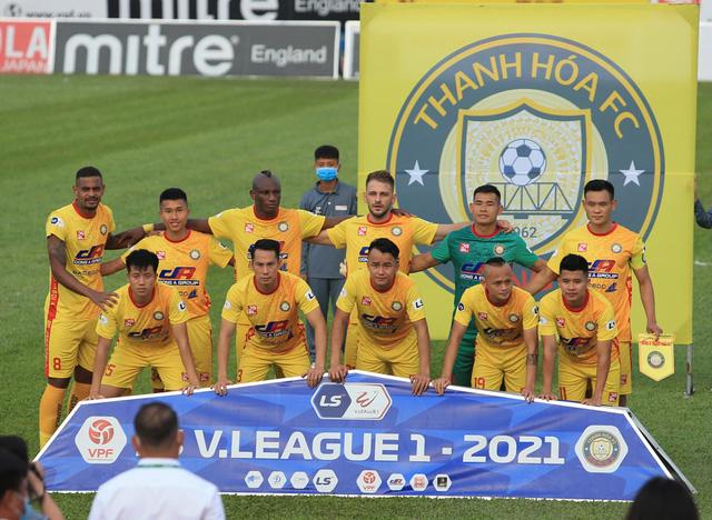 Chùm ảnh: Công Phượng ghi bàn, Hoàng Anh Gia Lai giành 3 điểm trước Đông Á Thanh Hóa - Ảnh 1.