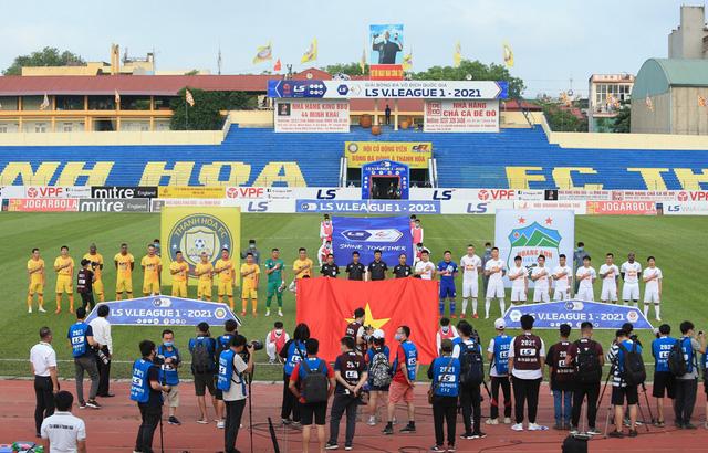 Chùm ảnh: Công Phượng ghi bàn, Hoàng Anh Gia Lai giành 3 điểm trước Đông Á Thanh Hóa - Ảnh 3.