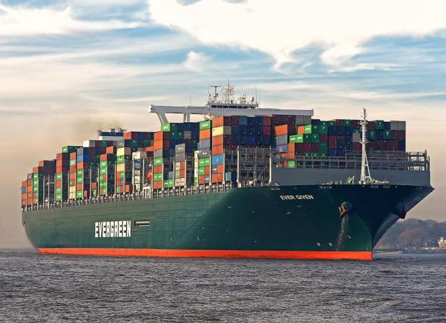 Ma trận ngành vận tải biển, ai đền bù thiệt hại cho vụ mắc kẹt siêu tàu Ever Given? - Ảnh 1.