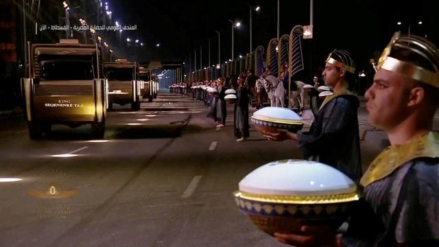 Ai Cập tổ chức lễ diễu hành đưa các xác ướp tới bảo tàng mới - ảnh 1