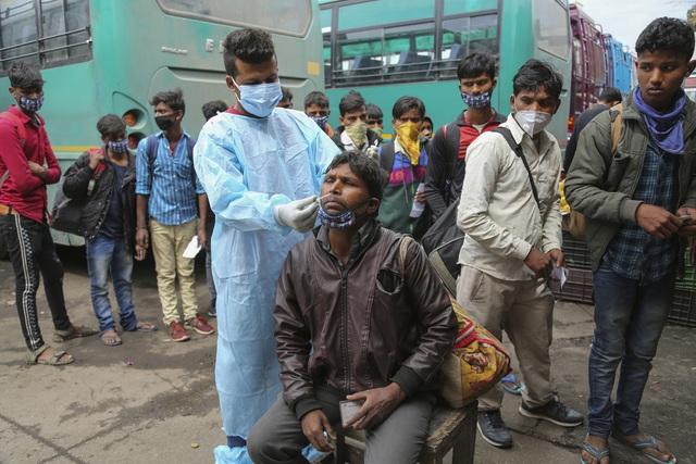 Hơn 131,8 triệu người mắc COVID-19 trên thế giới, số ca nhiễm mới ở Ấn Độ cao nhất trong 6 tháng - Ảnh 1.