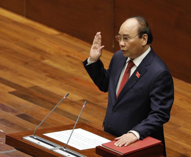 Quốc hội bầu ông Nguyễn Xuân Phúc làm Chủ tịch nước - Ảnh 2.