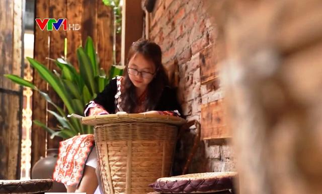 Cô gái Mông và những lớp học miễn phí - Ảnh 1.