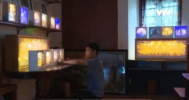 Chàng trai 9x sáng tạo đèn giấy nghệ thuật - Ảnh 2.