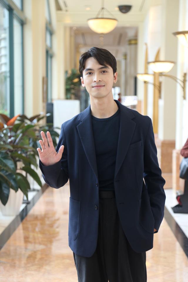 Quỳnh Kool diện váy xẻ sâu trong họp báo phim mới Hãy nói lời yêu - Ảnh 7.