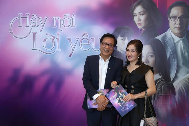 Quỳnh Kool diện váy xẻ sâu trong họp báo phim mới Hãy nói lời yêu - Ảnh 6.