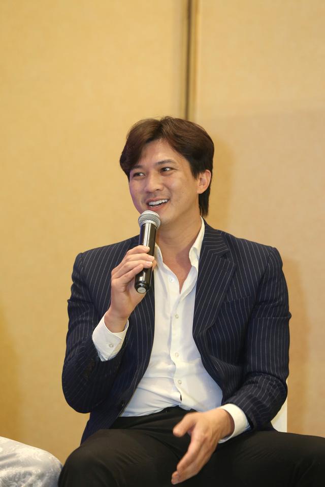 Quỳnh Kool diện váy xẻ sâu trong họp báo phim mới Hãy nói lời yêu - Ảnh 20.