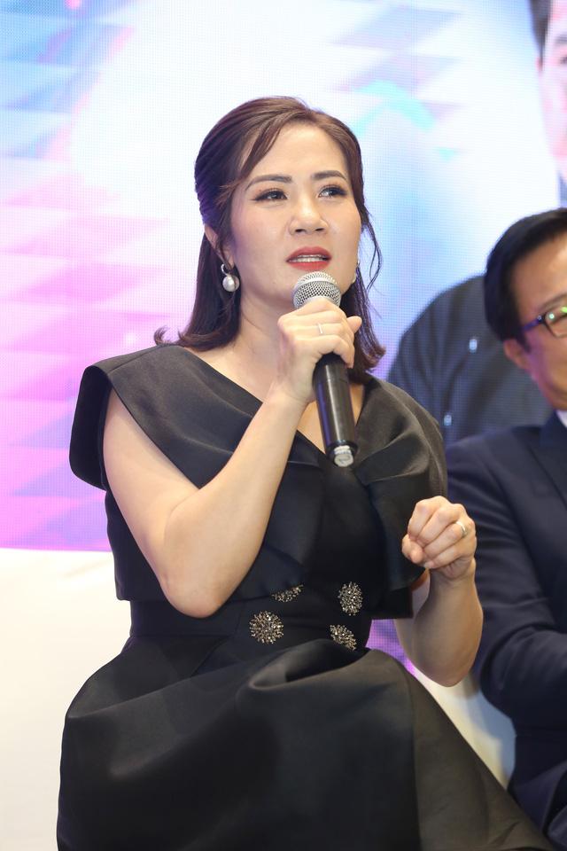 Quỳnh Kool diện váy xẻ sâu trong họp báo phim mới Hãy nói lời yêu - Ảnh 11.