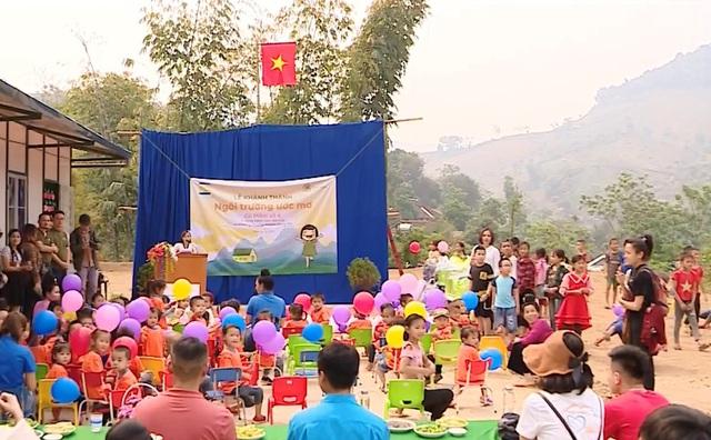 Ngôi trường ước mơ dành cho các trẻ em nghèo vùng cao - Ảnh 1.