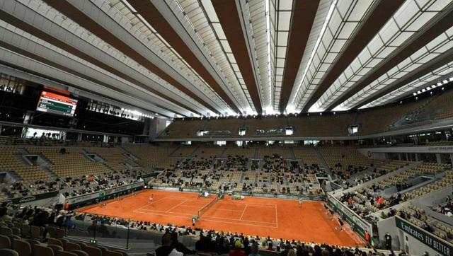 Ban tổ chức Roland Garros bàn phương án tổ chức với chính phủ Pháp - Ảnh 1.