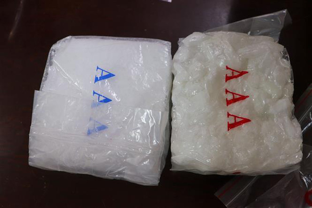Triệt phá băng nhóm tội phạm mua bán, vận chuyển trái phép gần 60 kg ma túy tổng hợp - Ảnh 6.