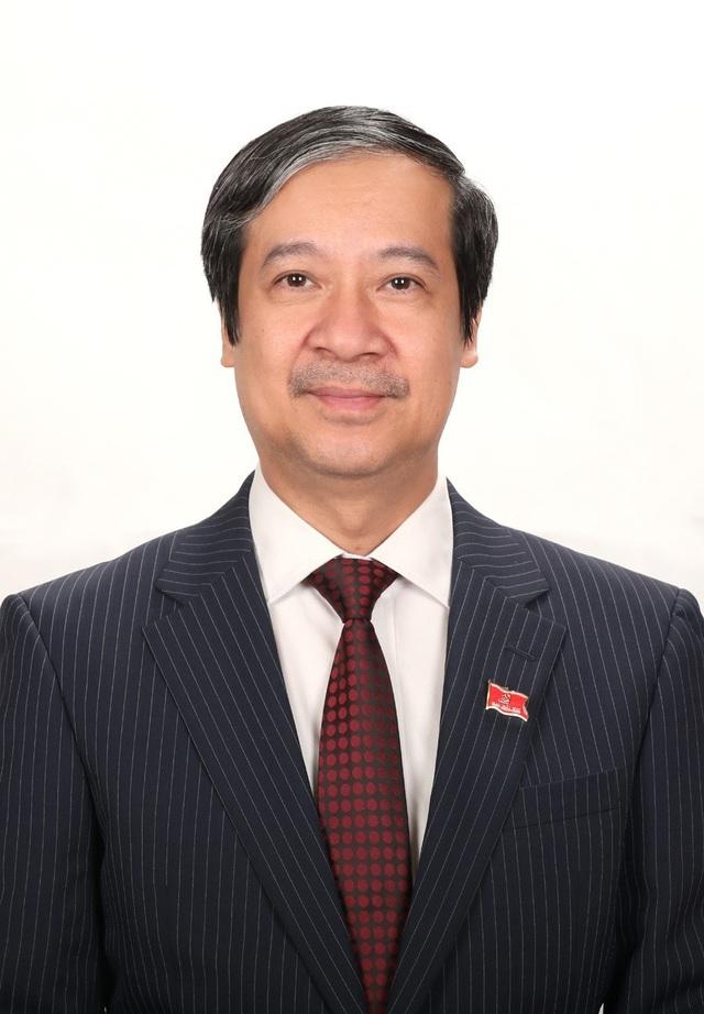 Tóm tắt tiểu sử Bộ trưởng Bộ Giáo dục và Đào tạo Nguyễn Kim Sơn - Ảnh 1.