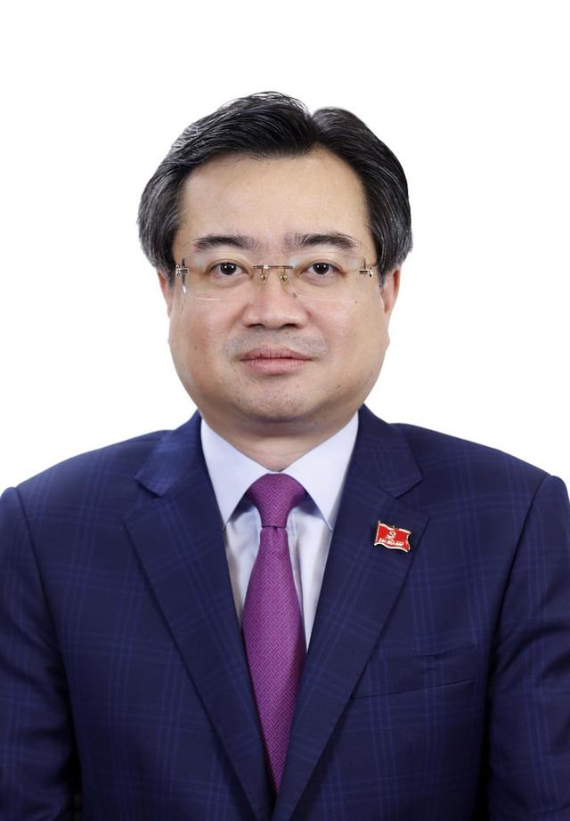 Tóm tắt tiểu sử Bộ trưởng Bộ Xây dựng Nguyễn Thanh Nghị - Ảnh 1.