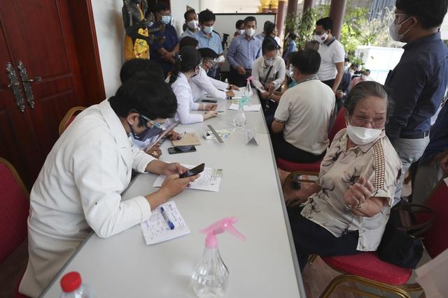 Hơn 134,3 triệu người mắc COVID-19 trên thế giới, Thái Lan có số ca nhiễm mới cao nhất trong 2 tháng qua - ảnh 2
