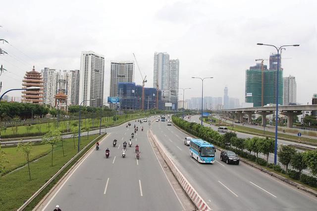 """Đầu tư """"ăn theo"""" hạ tầng: Tầm nhìn dài hạn của các ông lớn địa ốc - ảnh 1"""