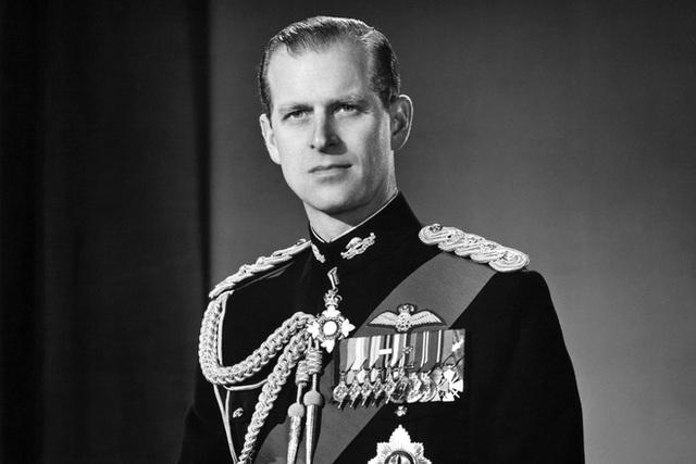 Hoàng thân Philip qua đời ở tuổi 99 - Ảnh 3.