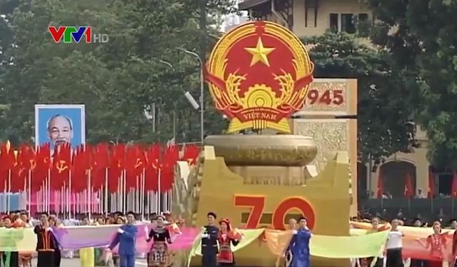 Vai trò lịch sử của giai cấp công nhân Việt Nam - ảnh 1