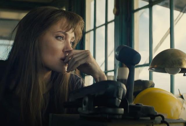 Angelina Jolie nói về phim mới tại Chuyển động 24h: Tôi thích nhân vật của mình vì cô ấy là người bình thường - Ảnh 1.