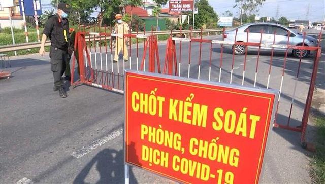 Bắc Ninh tạm dừng hoạt động xe bus, xe khách, taxi từ 0h ngày 20/5 - Ảnh 1.