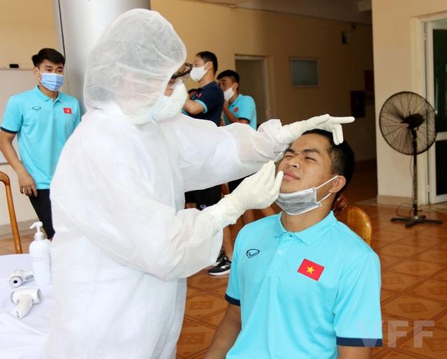 Toàn bộ ĐT U22 Việt Nam âm tính với virus SARS-CoV-2 - Ảnh 1.