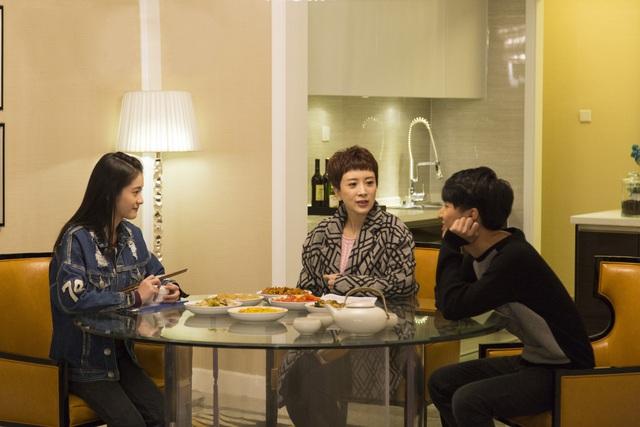 Hồ Hạnh Nhi tái ngộ khán giả Việt trong phim tâm lý gia đình Cha dượng sắp lên sóng VTV9 - Ảnh 3.
