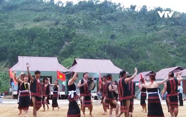Sự hồi sinh mạnh mẽ tại ngôi làng mới ở Trà Leng - Ảnh 3.